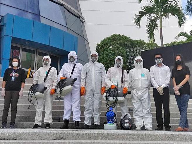 ส.ส.ท. สะอาด ปลอดภัย ฉีดพ่นน้ำยาฆ่าเชื้อต้านไวรัส COVID-19